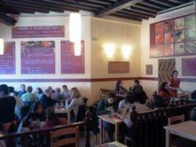 RESTAURANT ECOVEGETARIÀUn vegetarià singular per la varietat dels seus plats, el bon preu (7,65€ 3 plats i postre) i, servei eficient. A més, podeu contribuir a la tasca de la FUNDACIÓ VICENÇ FERRER. c/ Comte de Barcelona, 26 Palma Tel. 971 282 562